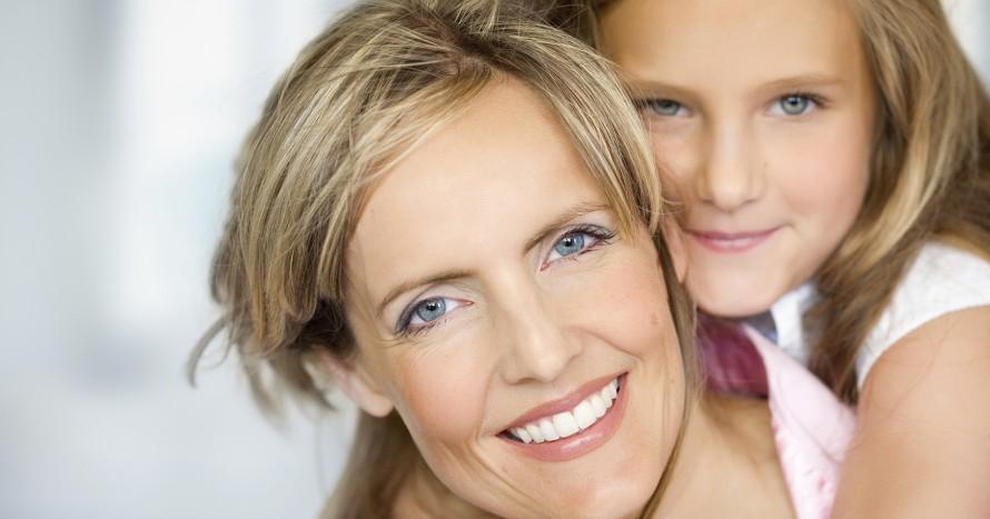 Mor och dotter färg